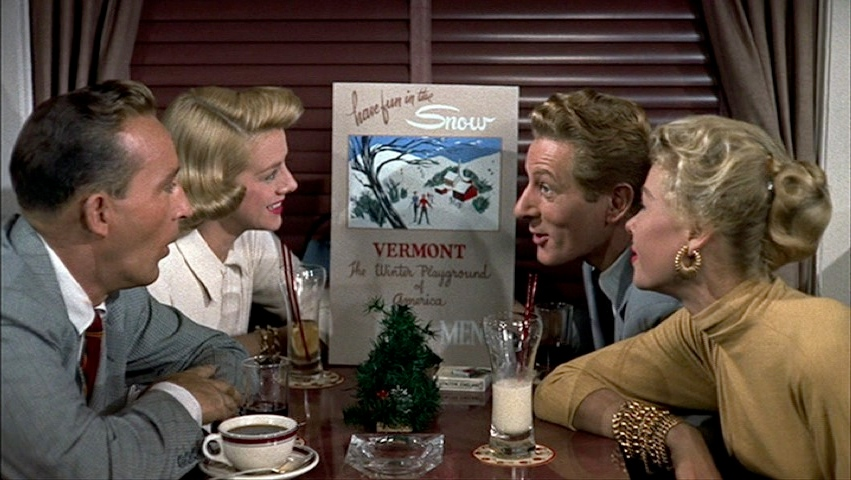 white-christmas-rosemary-clooney-bing-crosby-snow-21